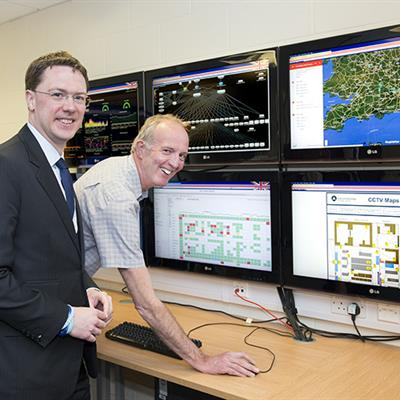 Robert Courts MP visiting STFC Scientific Computing Department